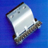 单用针铗,针板可方便装拆,针板的钢针直径为0.6mm-1.2