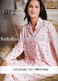 Ladies' nightwear