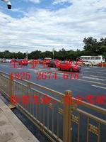 公路兩邊可噴漆或者拋光不銹鋼護欄